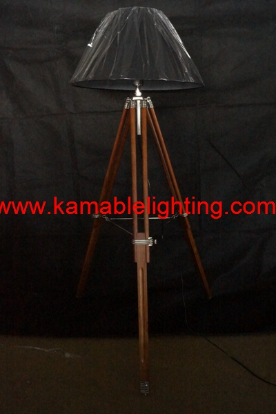 Contemporary Wood Tripod Floor Lamp (F705B)